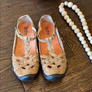 Jambi brand sandals